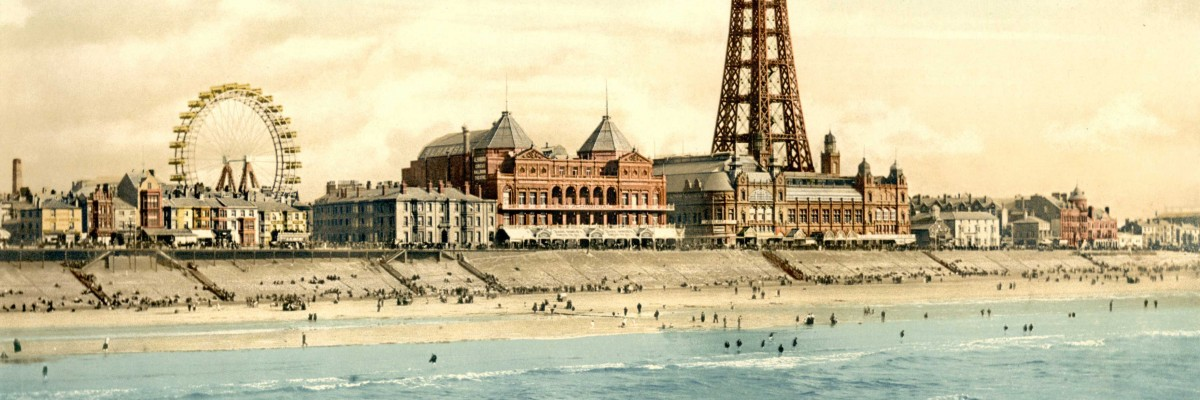 A picture of the Blackpool beach and promenade